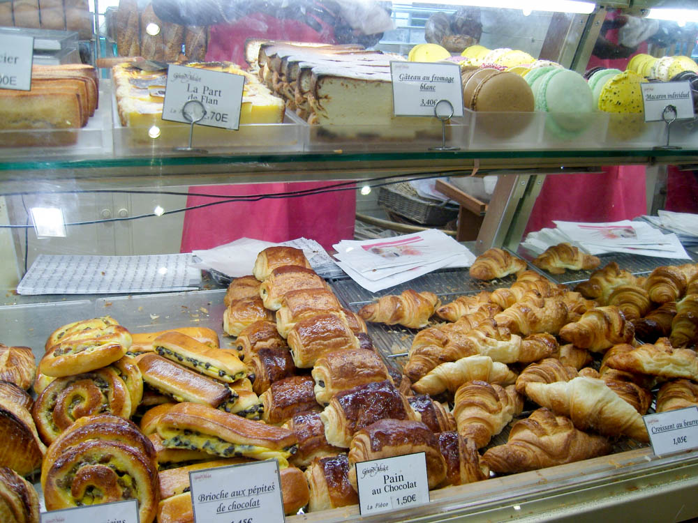 Pastry case at Gerard Mulot in Paris. Photo by alphacityguides.