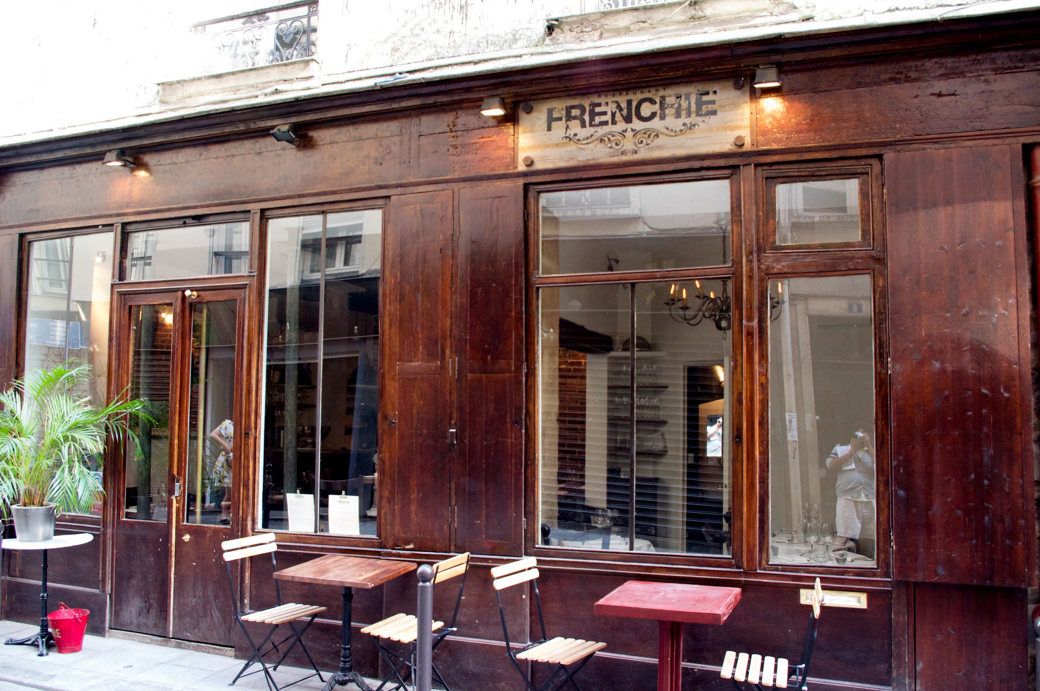 Exterior of Frenchie's in Paris. Photo by alphacityguides.