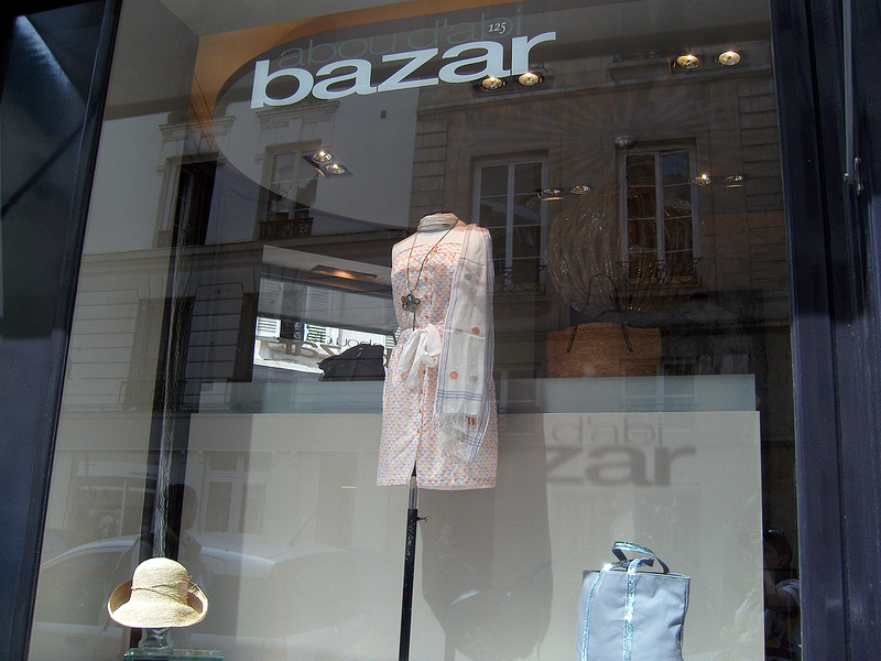 Window at Abou D'abi Bazar in Paris. Photo by alphacityguides.