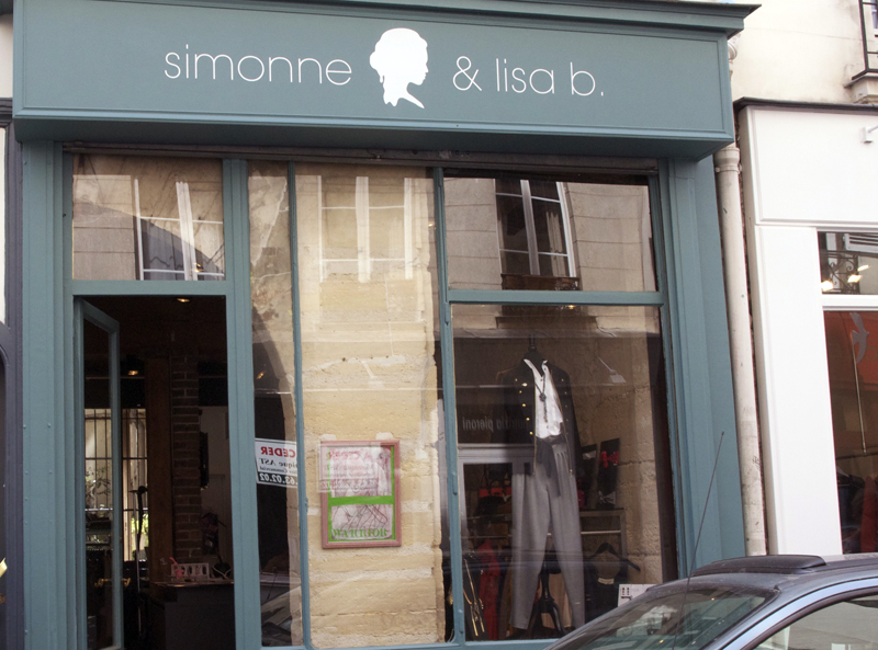 Store front at Simonne & Lisa B in Paris. Photo by alphacityguides.