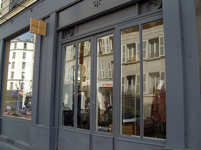 Store front at Sessùn in Paris. Photo by alphacityguides.