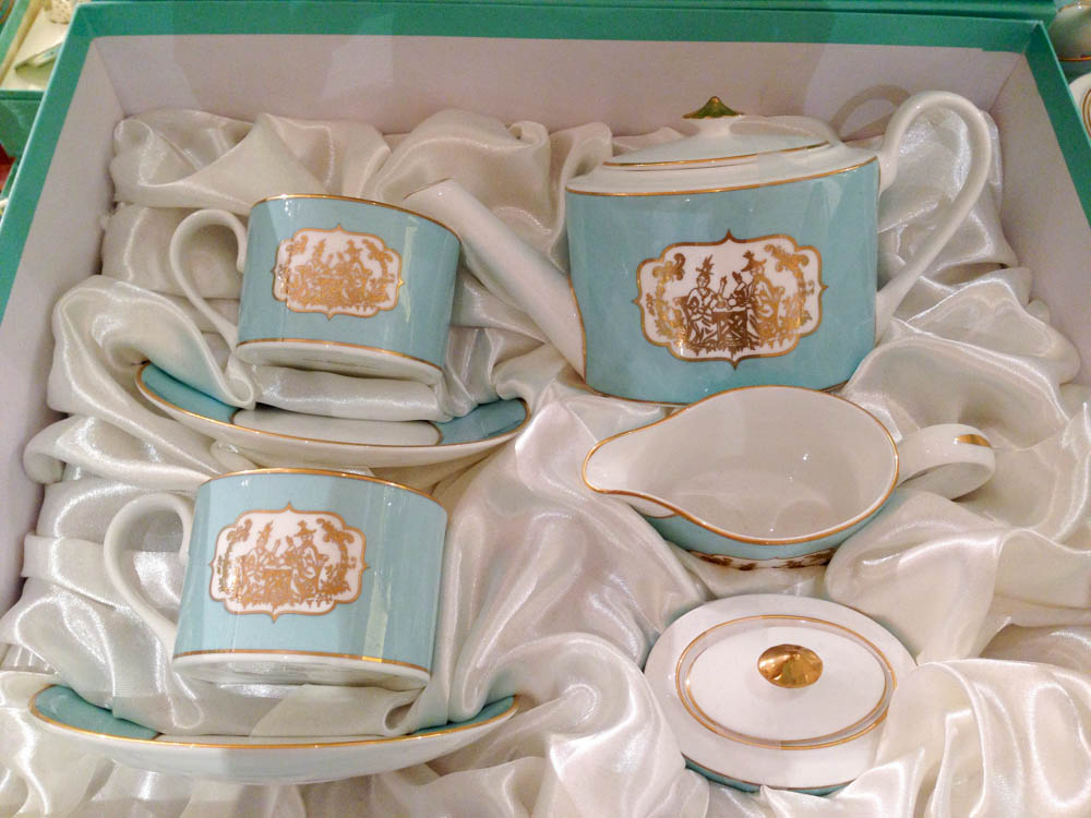 Tea set at Fortnum and Mason in London. Photo by alphacityguides.