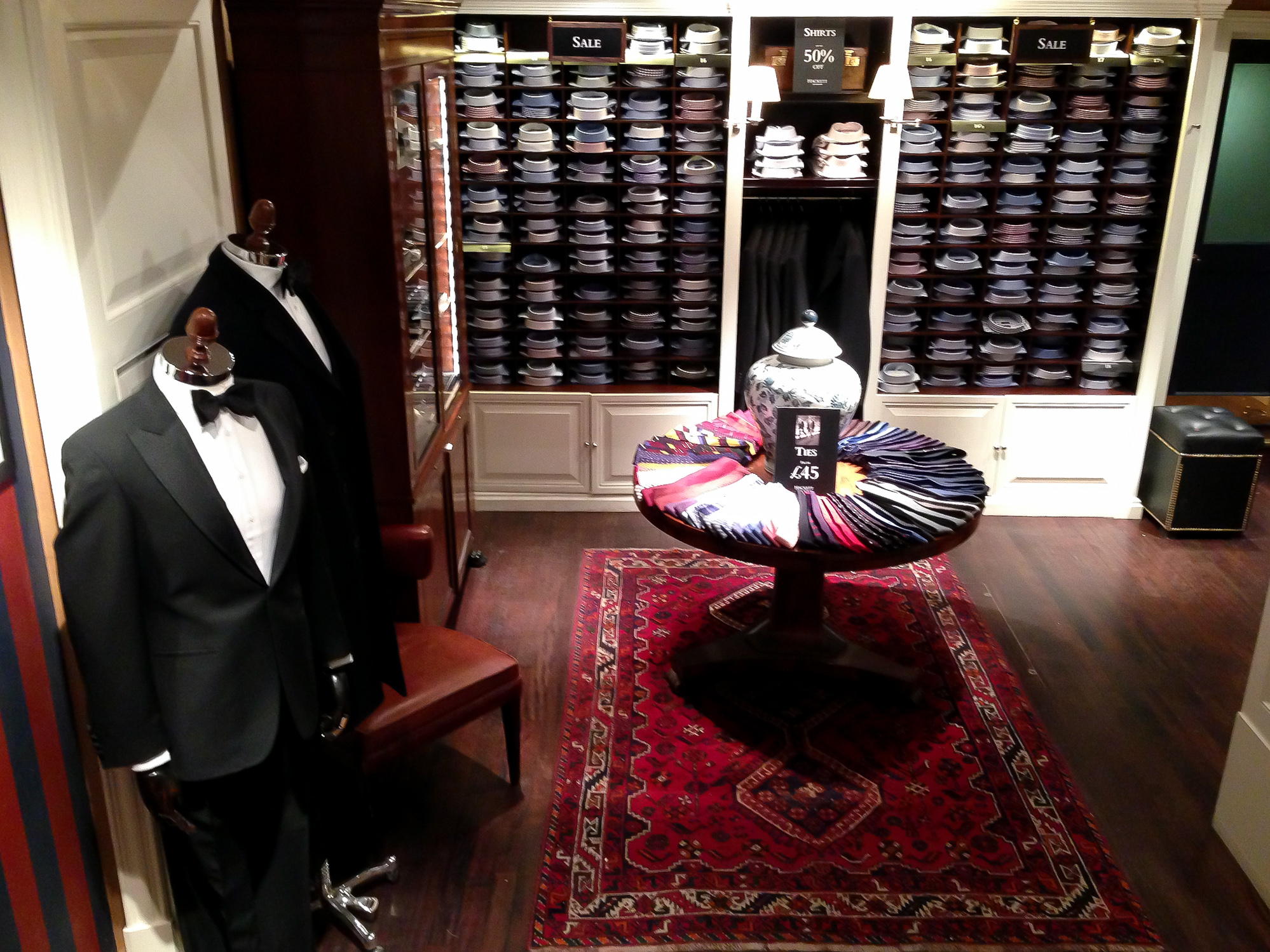 Formal menswear at Hackett in London. Photo by alphacityguides.