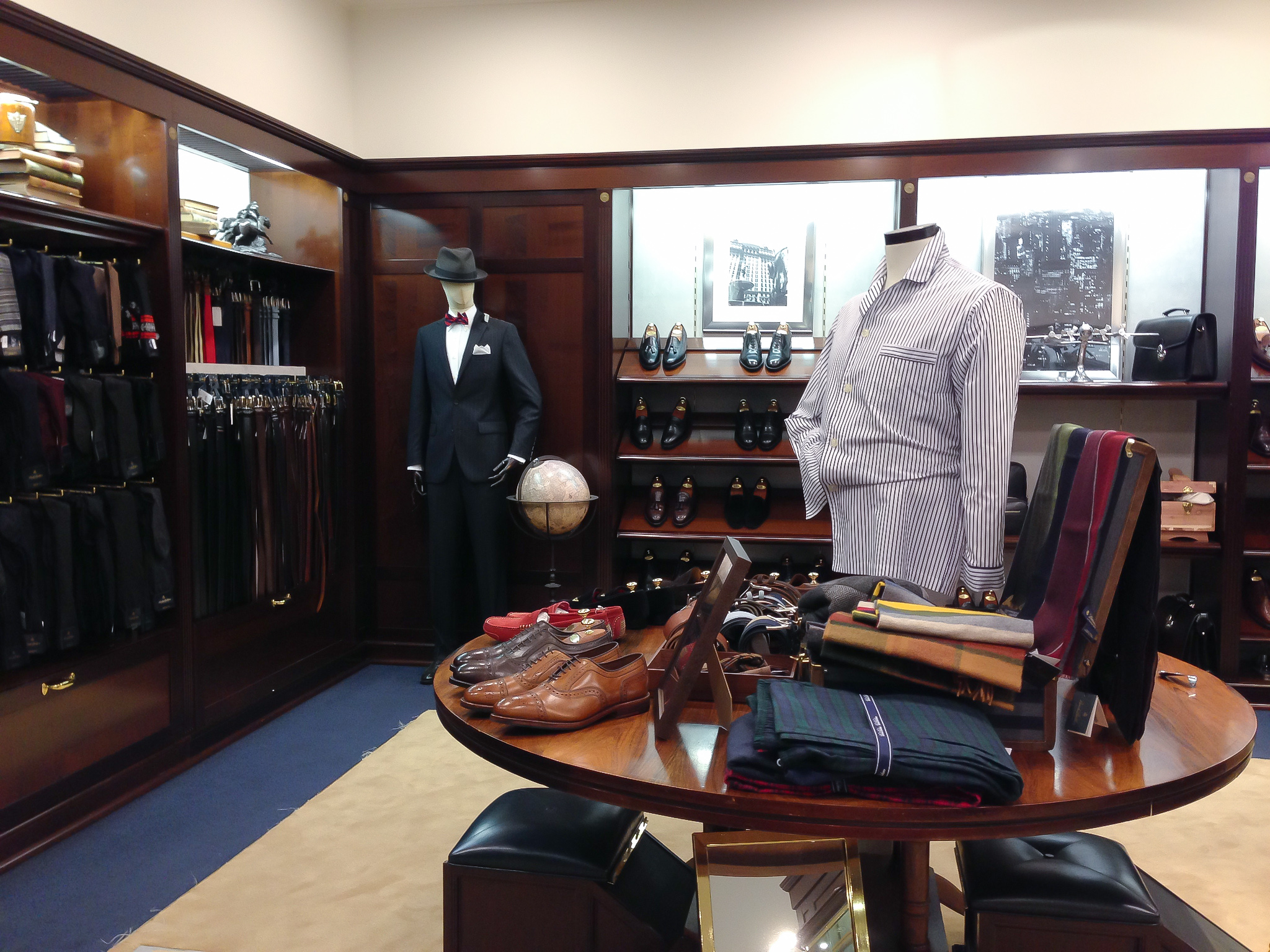 Classic menswear at Brooks Brothers in London. Photo by alphacityguides.