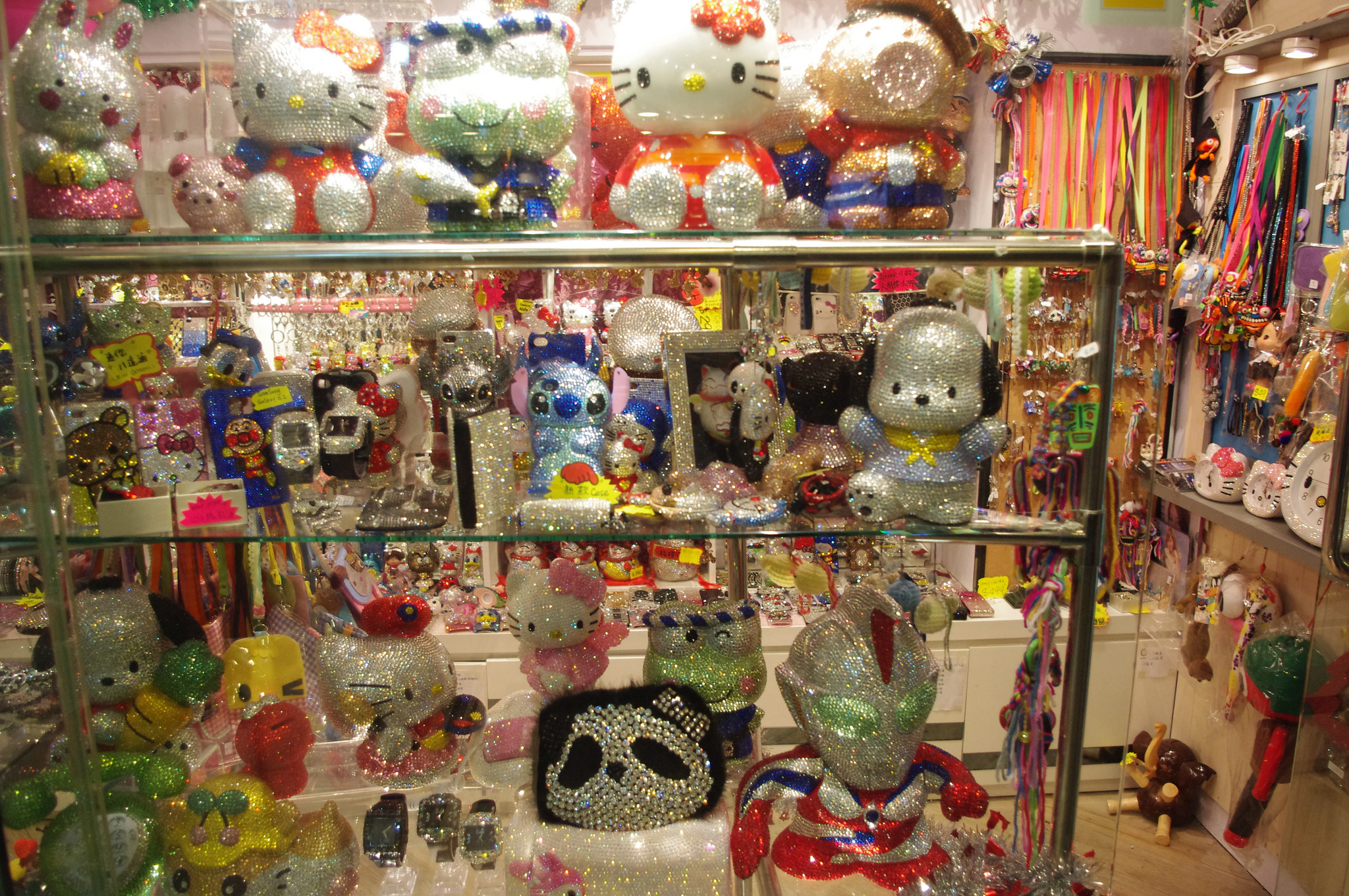 Character toys at the Trendy Zone in Hong Kong. Photo by alphacityguides.