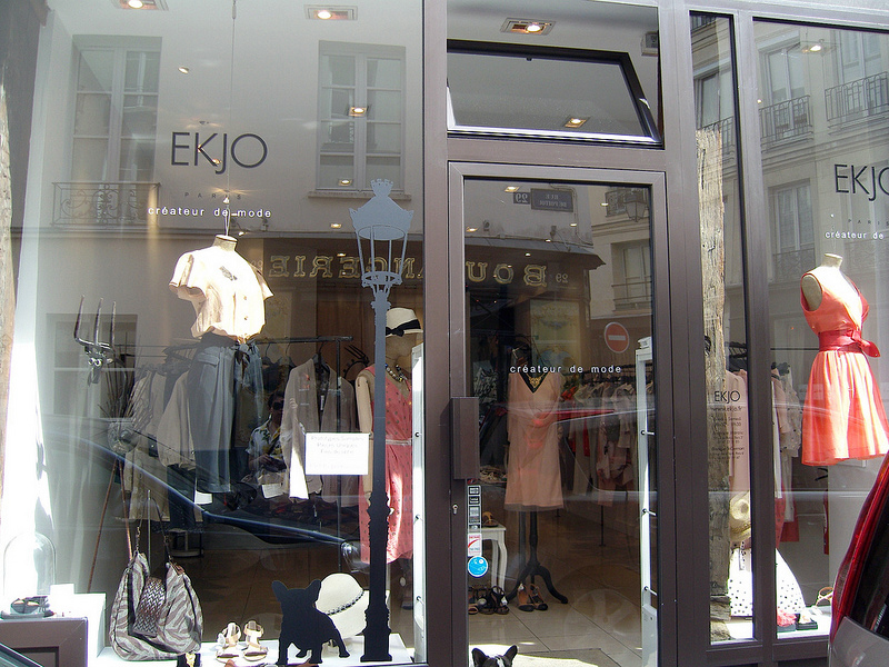 Store front at Ekjo in Paris. Photo by alphacityguides.