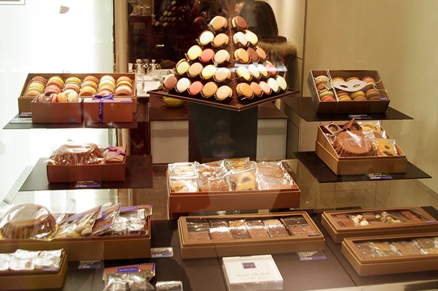 Jean-Paul Hevin Chocolate display