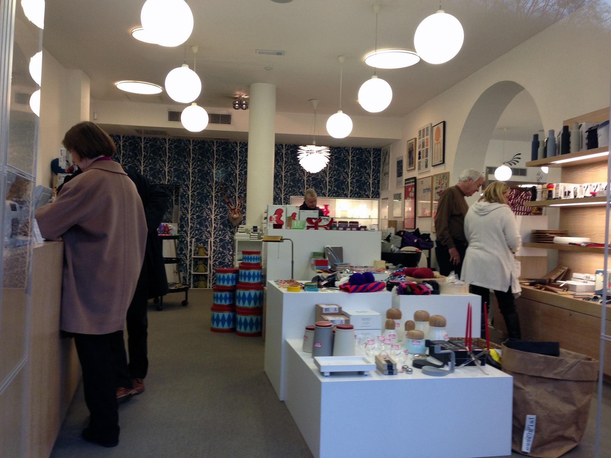 Sophisticated scandinavian interior shop london photos for Scandinavian home store