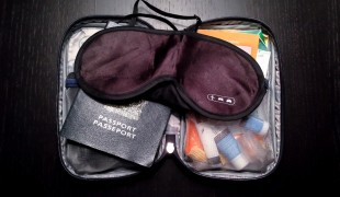 Flight kit to avoid jet lag. Photo by alphacityguides.