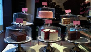 Cakes at Hummingbird Bakery in London. Photo by alphacityguides.
