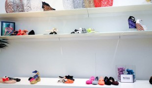 Shoe display wall at Melissa in London. Photo by alphacityguides.