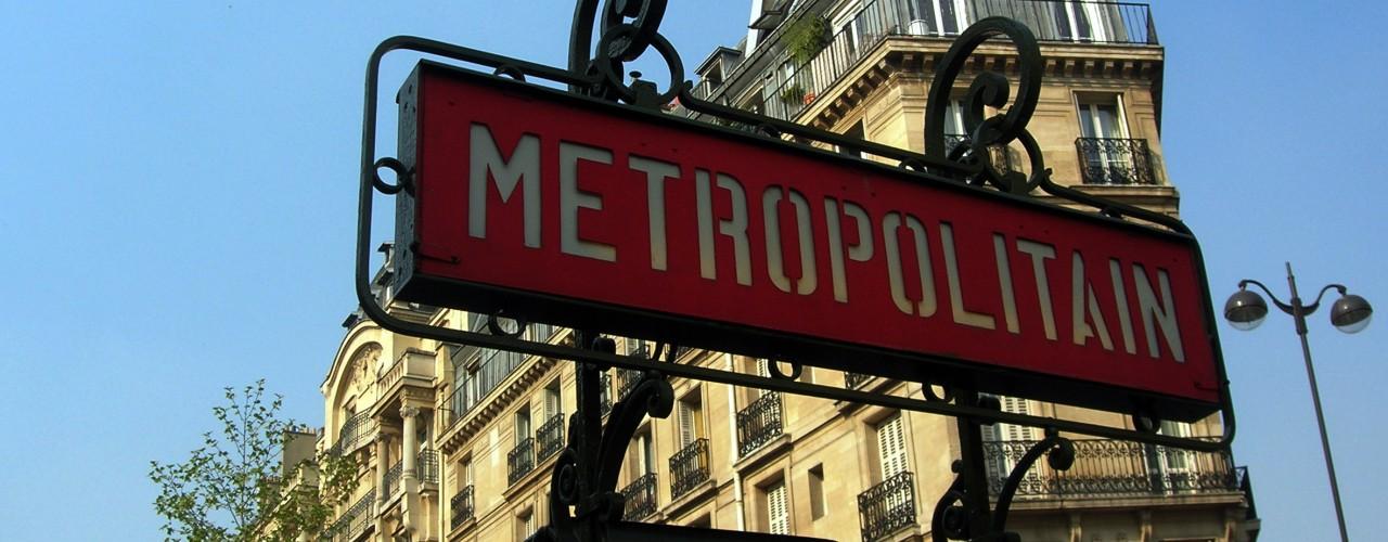 """Paris Metro sign. Photo by <a href=""""http://www.flickr.com/photos/malias/"""">malias</a>"""