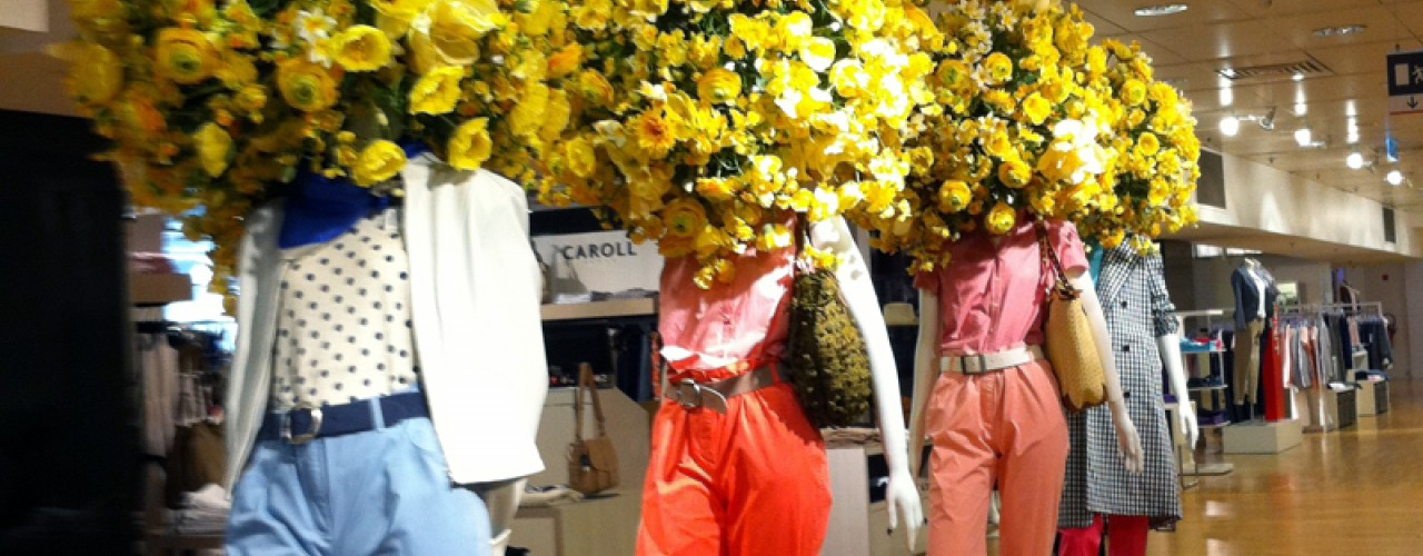 Fashion display inside Printemps in Paris. Photo by alphacityguides.
