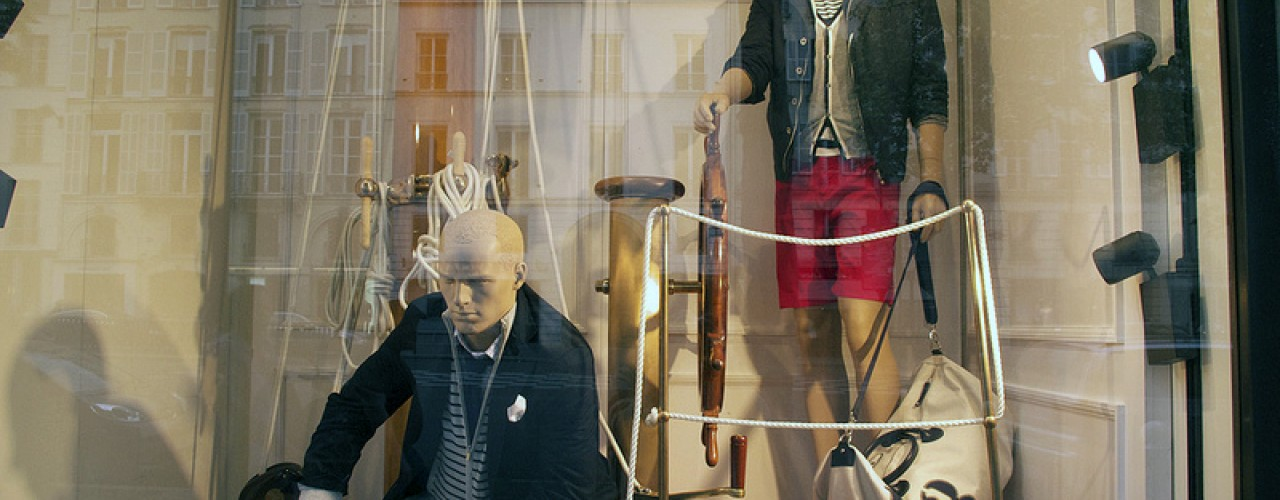 Fashion at Façonnable in Paris. Photo by alphacityguides.
