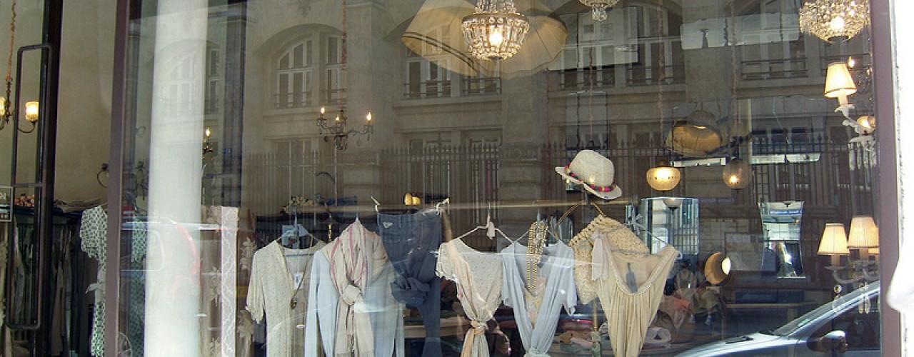 Store front at La Maison Momoni in Paris. Photo by alphacityguides.