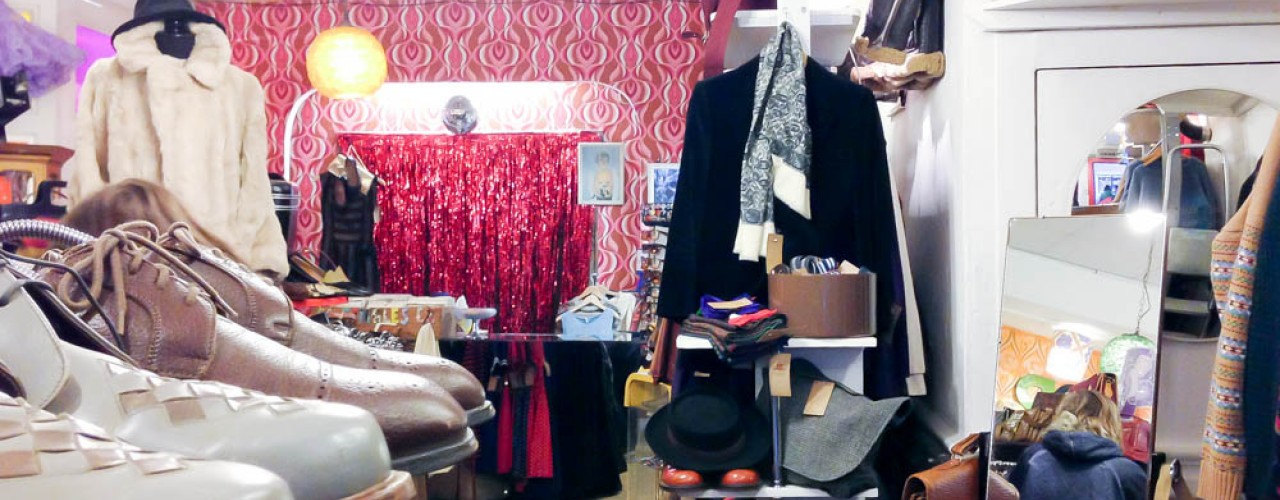Vintage display inside Pop Boutique in London. Photo by alphacityguides.