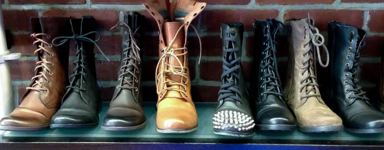 Women's boot display at Shoegasm in New York. Photo by alphacityguides.