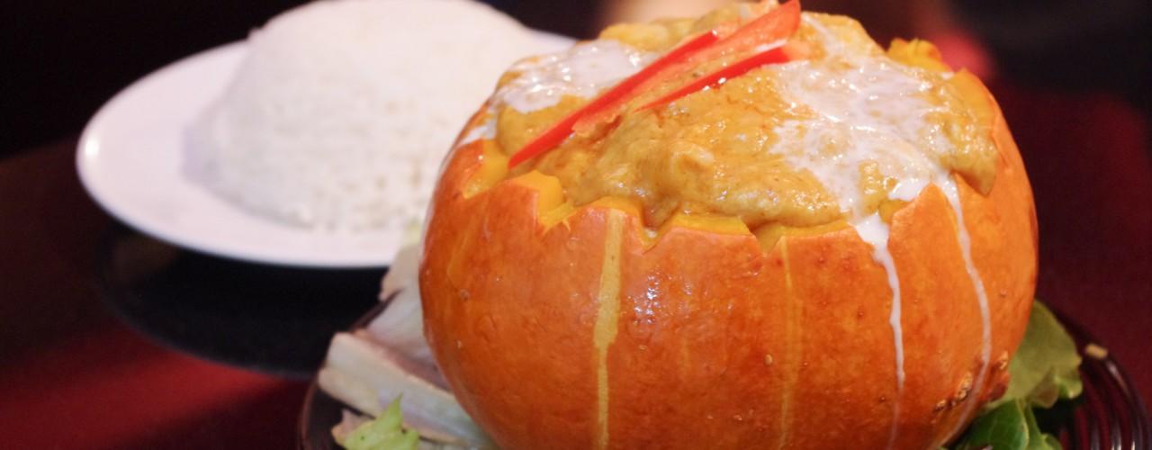 Pumpkin Curry at Tuk Tuk Thai in Hong Kong. Photo by alphacityguides.
