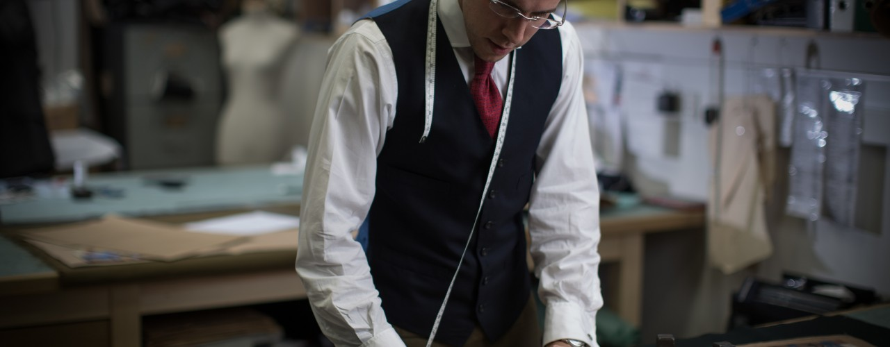 Tristan Thorne, Under Cutter at Dege & Skinner cutting a bespoke suit.