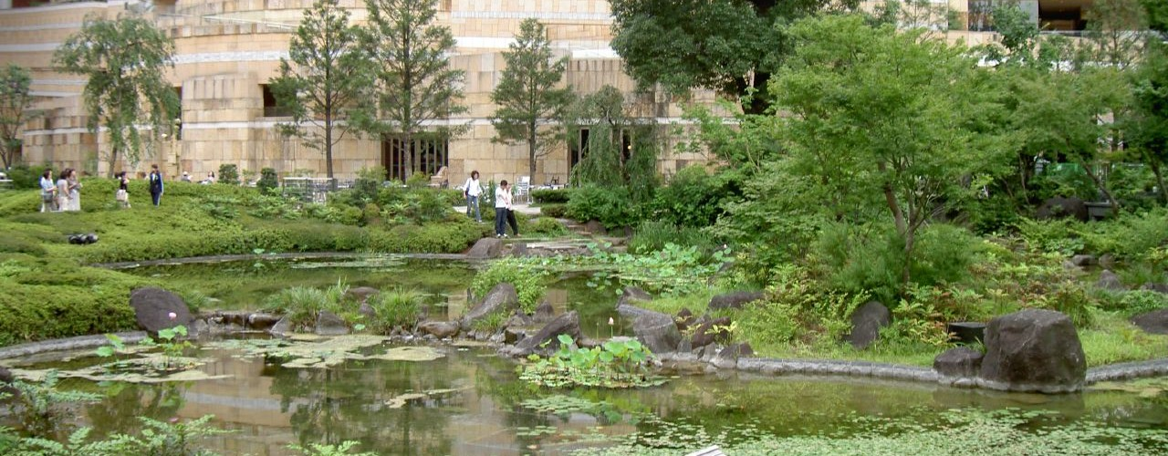 "Mori Art Museum Garden in Tokyo. Photo by <a href=""http://www.flickr.com/photos/hawk684/187966408/"">hawk684</a>"