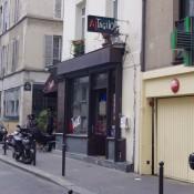 Storefront of Al Taglio in Paris. Photo by alphacityguides.