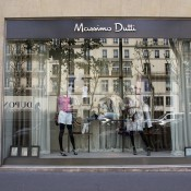 Store front at Massimo Dutti in Paris. Photo by alphacityguides.