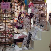Junior jewelry at Gala Place, Hong Kong. Photo by alphacityguides.