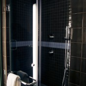 Shower at the Hoxton Hotel in London. Photo by alphacityguides.