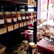 Jams at French Bakery Viron in Tokyo. Photo by alphacityguides.