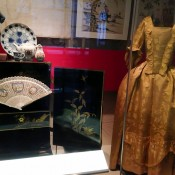 Historic fashion exhibit at the Museum of London. Photo by alphacityguides.