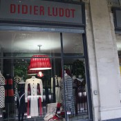 Store front at Didier Ludot in Paris. Photo by alphacityguides.